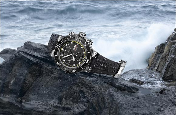 Oris presents the new Aquis Chronograph with Depth Gauge.