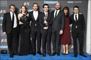 """""""La La Land"""" Director Damien Chazelle chooses Jaeger-LeCoultre at the Critics' Choice Awar ..."""