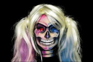 ILLUMIN8 Presents The Art of Make-up Series