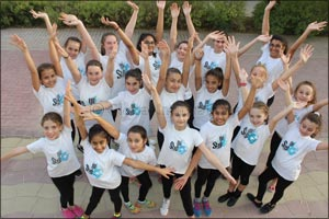 Step Up Academy is the First Ever UAE Dance School Chosen to Perform at Disneyland Paris