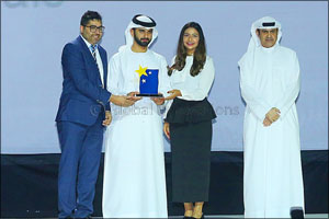 La Moda Sunglasses named Best Performing Brand in Dubai Opticals Business by Dubai Service Excellenc ...