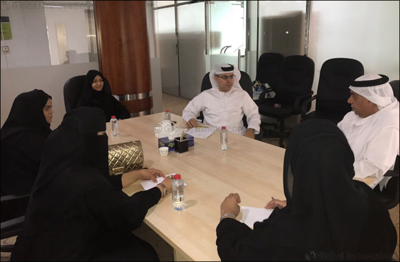 Dubai Public Library Receives a Delegation from Dubai Customs Knowledge Club