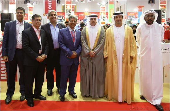 His Excellency Sami Al Qamzi inaugurates GITEX Shopper 2017