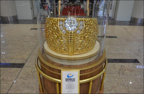 World's largest gold ring goes on display at the Sahara Centre