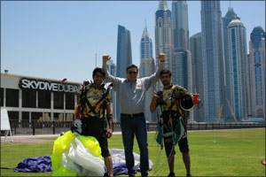 Fastest Growing Restaurant in the USA Celebrates Grand Opening at The Dubai Mall with Visit from Com ...