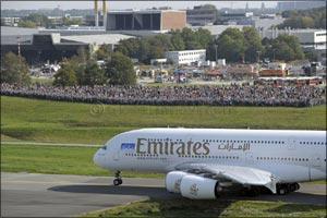 Emirates announces start of scheduled A380 service into Hamburg