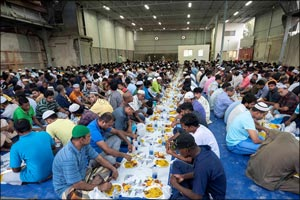 100,000 Free Iftar Meals Served by Danube Group Every Ramadan