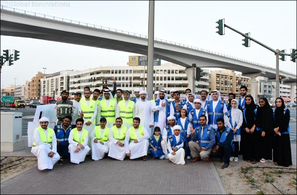 Emirates Post Group distributes over 2,000 Iftar Meals to motorists and workers