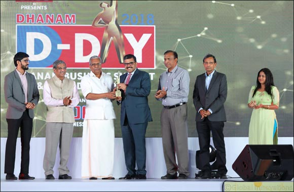Promoth Manghat wins first ever NRI Professional of the Year Award instituted by Dhanam