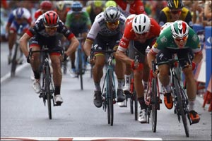 Simone Consonni Takes a Top Five Finish for Uae Team Emirates at the Vuelta