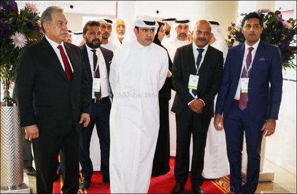 H.E. Sami Al Qamzi Opens Smart Stores Expo 2018