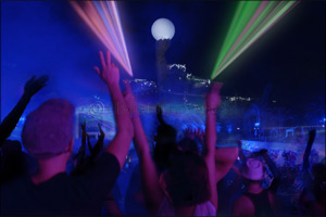 Neon Nights Closing Party Presented by �Ministry of Sound�