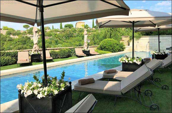 Mousses Etoiles to reveal the latest luxury designs of commercial-use outdoor furniture at the LEISURE SHOW DUBAI