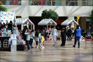 Get into The Holiday Spirit with Festive Celebrations at Yas Mall