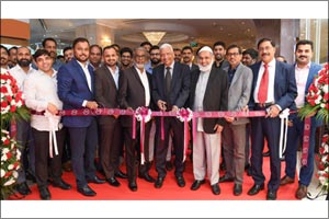 Malabar Gold & Diamonds opens a new showroom in Millennium Dubai Airport Hotel to cater to internati ...