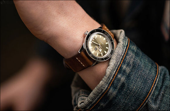 'Rado Captain Cook Automatic Limited Edition with Travel Case'