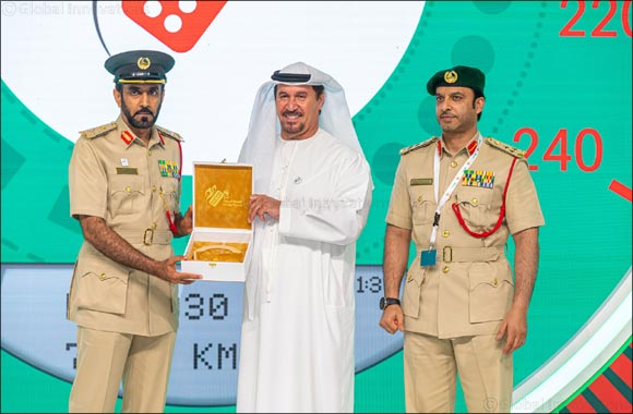 Salem Ahmad Almoosa Enterprises Chairman honoured by Dubai Police for supporting White Points System for the 7th consecutive year