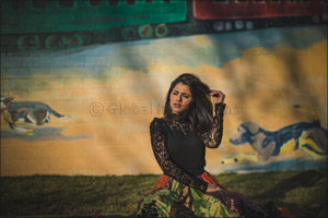 Celebrated singer and composer Quratulain Balouch set to perform at Rajmahal Theatre in BOLLYWOOD PA ...