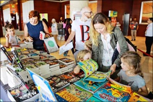 The Emirates Airline Festival of Literature highlights value of children's books to mark Universal C ...