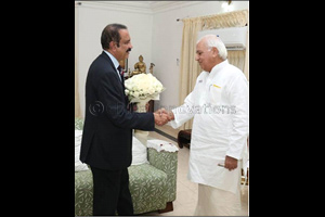 Dr Azad Moopen, Founder Chairman & MD, Aster DM Healthcare meets the Governor of Kerala, Mr Arif Muh ...