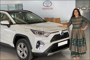 Al-Futtaim Toyota announces the winner of RAV4 Hybrid from its aftersales Electronic Vehicle Health  ...