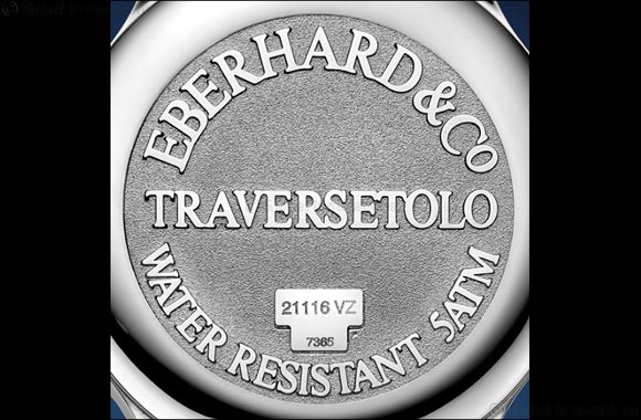 Traversetolo Vitre in blue dial makes stunning impact