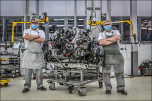 Bentley's Great Eight Finishes Production