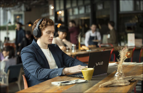 The Best Just Got Better – Sony Middle East & Africa Announces WH-1000XM4 Industry-Leading Wireless Noise Cancelling Headphones WH-1000XM4 in Black and Platinum Silver