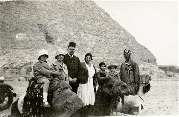 Rich Egyptian Archive of Photos, Artifacts, and More Comes to NYU Abu Dhabi Library