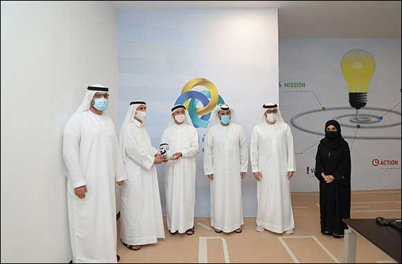 Mohammed Bin Rashid Global Centre for Endowment Consultancy (MBRGCEC) Awards Union Coop the 'Dubai Endowment Sign'