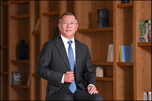 Euisun Chung Inaugurated as Chairman of Hyundai Motor Group, Opening a New Chapter in History