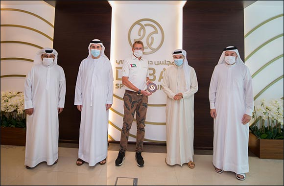 Dubai Sports Council honours '7 Emirates Run' founder Lauxen for his Service to Community