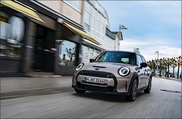 Clear Design Language Meets Creative Use of Space: the New MINI 5-door