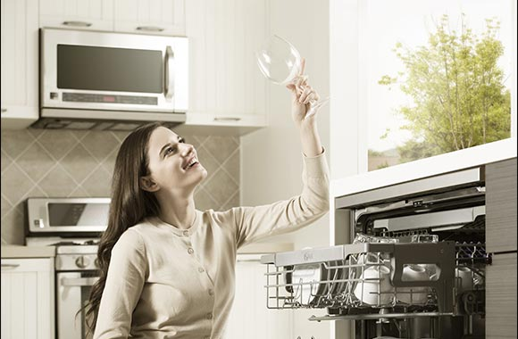 Leave Dirty Dishes Behind With LG Quadwash