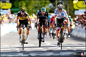 Pogačar Holds Retains White Jersey in Second Stage of Tour De France