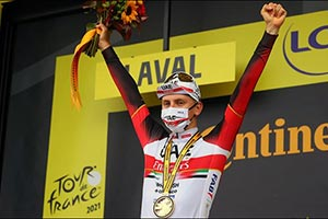 Pogacar Powers to Victory in Stage 5  Of the Tour De France