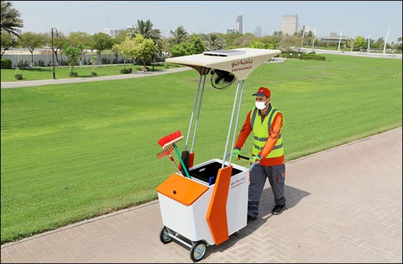 Dubai Municipality Makes Cleaners Happy With Shaded Trollies