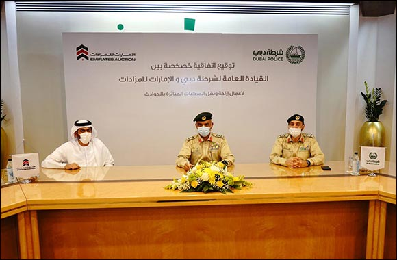 Dubai Police, Emirates Auction Sign Deal to Provide Assistance for Accident-damaged Light Vehicles