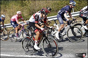 Oliveira Podiums at Vuelta after brave escape Portuguese 2nd behind Magnus Cort