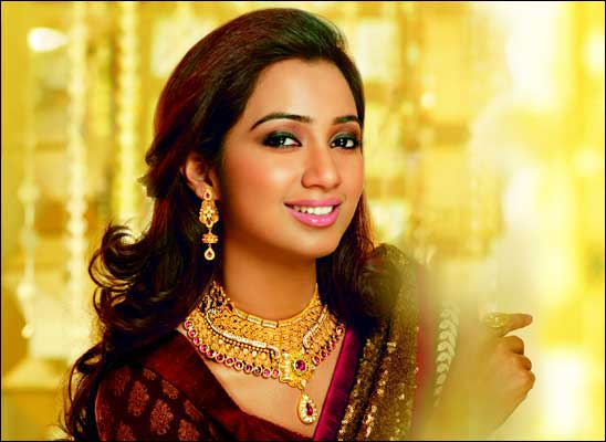 Indian Melody Princess, Shreya Ghoshal to visit Big Joyalukkas, Middle East's largest jewellery showroom.