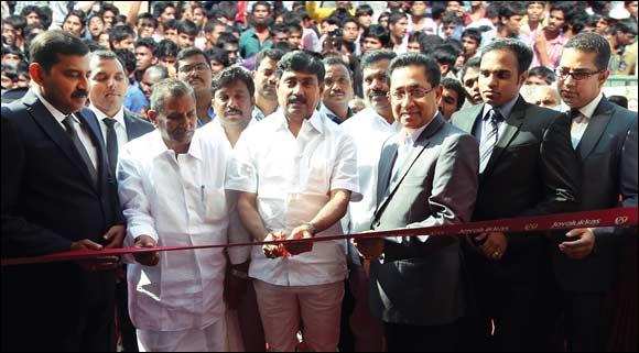 Joyalukkas Jewellery opened its doors to Kadapa in Andhra Pradesh.