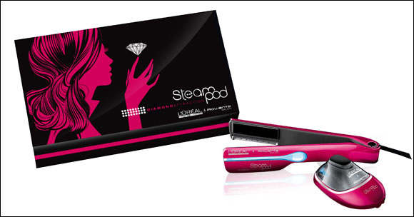 Arm yourself with the new limited edition Diamond Attraction Steampod and show off your smooth and shiny hair