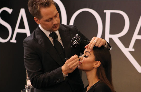 Stephan Ulvund creates the smoky eye and bridal makeup look with IsaDora's makeup collection