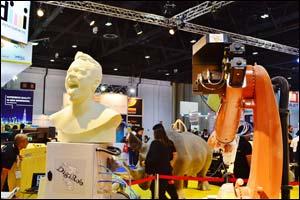 Giant robots set to carve a niche at SGI Dubai 2015