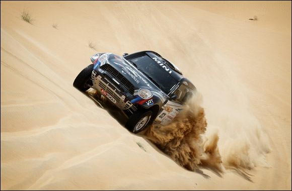 Nasser on course for Second Desert Challenge victory as Coma stays in control of bikes