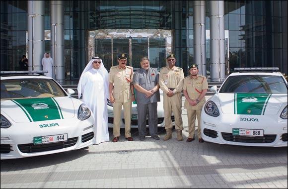 Porsche Centre Dubai delivers Panamera S E-Hybrid cars to Dubai Police