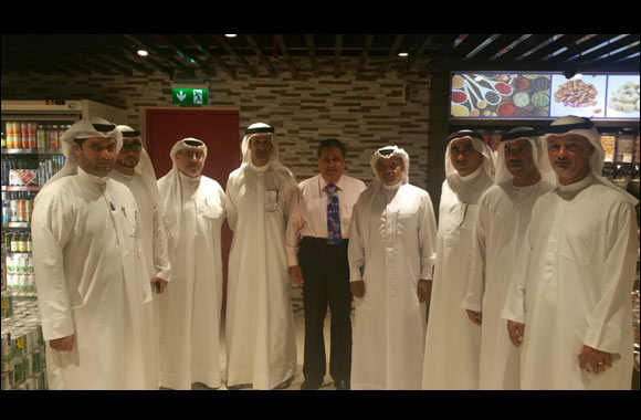 High Level Senior Officials of Dubai Silicon Oasis (DSO)  visit  Al Maya Supermarket at DSO