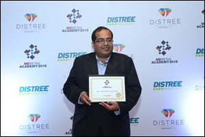 SanDisk Executive Wins �UAE Vendor Executive' Award during MERA Awards at DISTREE Middle East